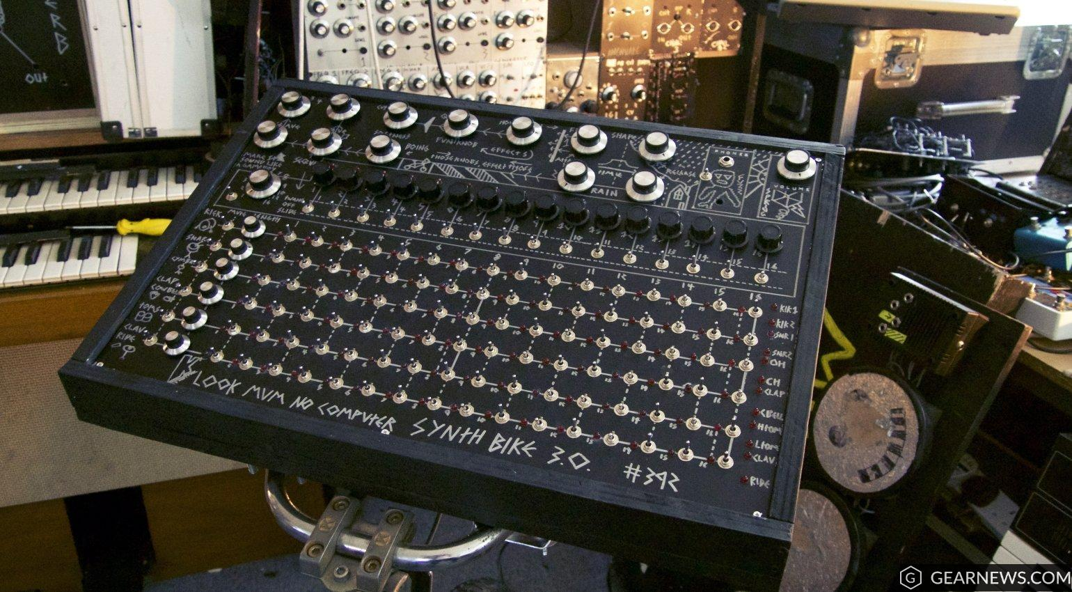 The synth in SynthBike