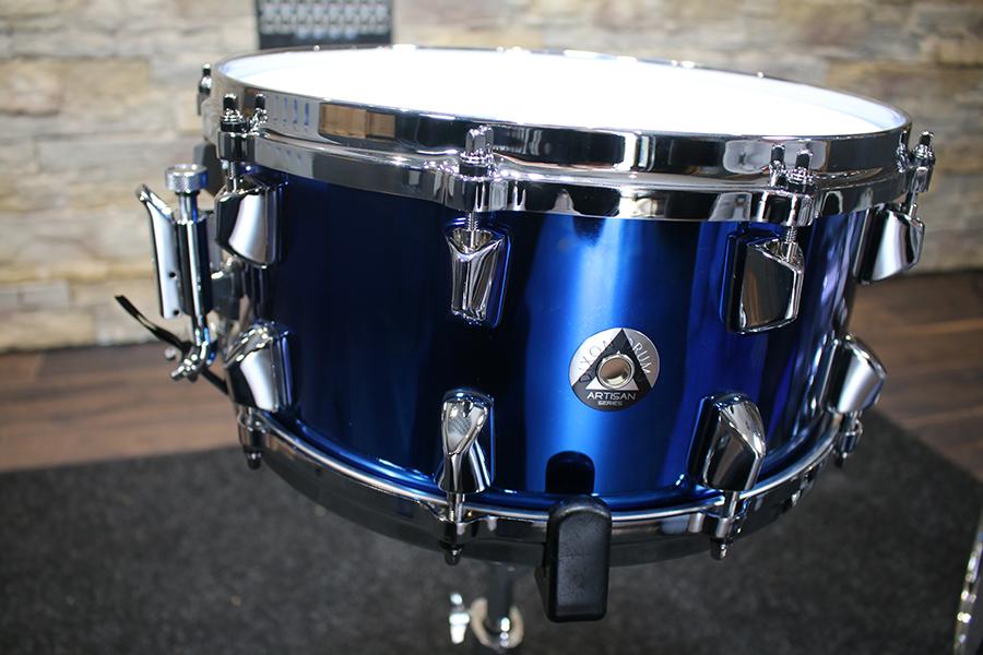 Dixon Artisan Series Blue Titanium Snare